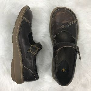 Dr. Martens brown Mary Jane's